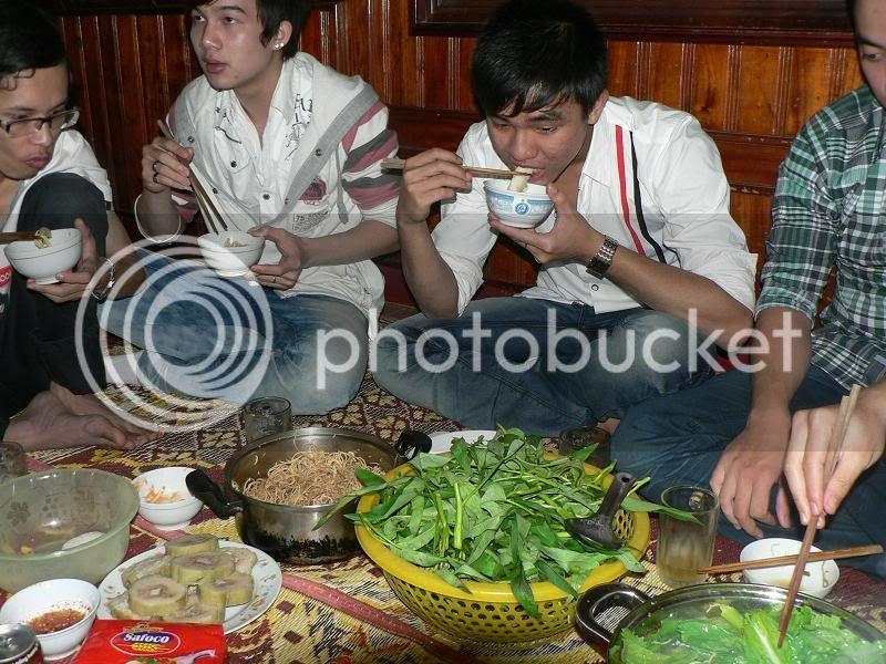 Ăn nhậu nhà Phú Dâm mùng 4 Tết Tân Mão P1150113