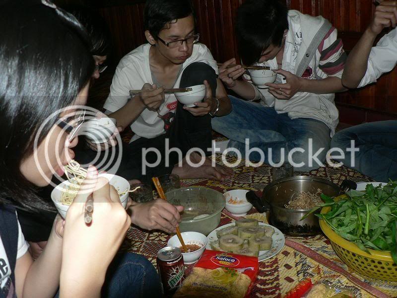 Ăn nhậu nhà Phú Dâm mùng 4 Tết Tân Mão P1150114