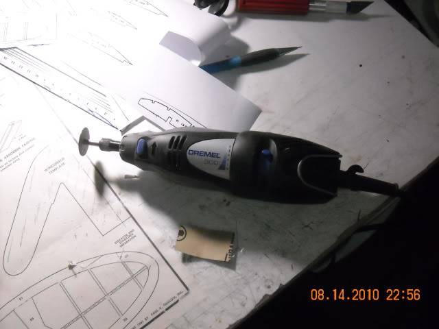 Construçao Piper Super Cub 95 em balsa.Video lenha DSCN0245