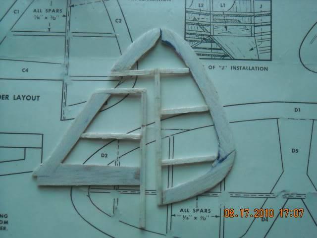 Construçao Piper Super Cub 95 em balsa.Video lenha DSCN0259-1