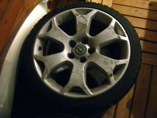 Opel astra H Gtc 2.0Tbo - Sivu 3 IMG_0495