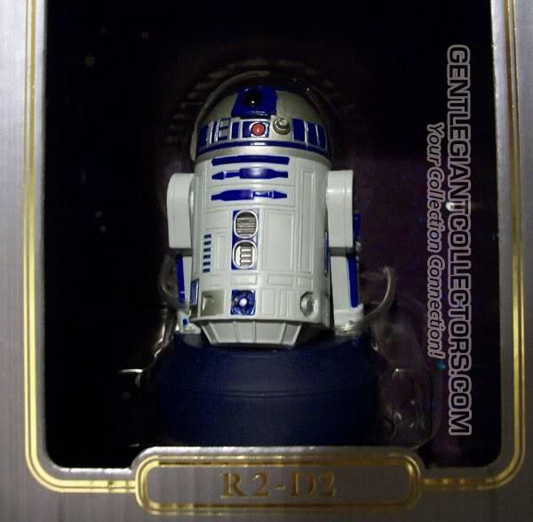 R2-D2 Mini Bust ? R2r2r2