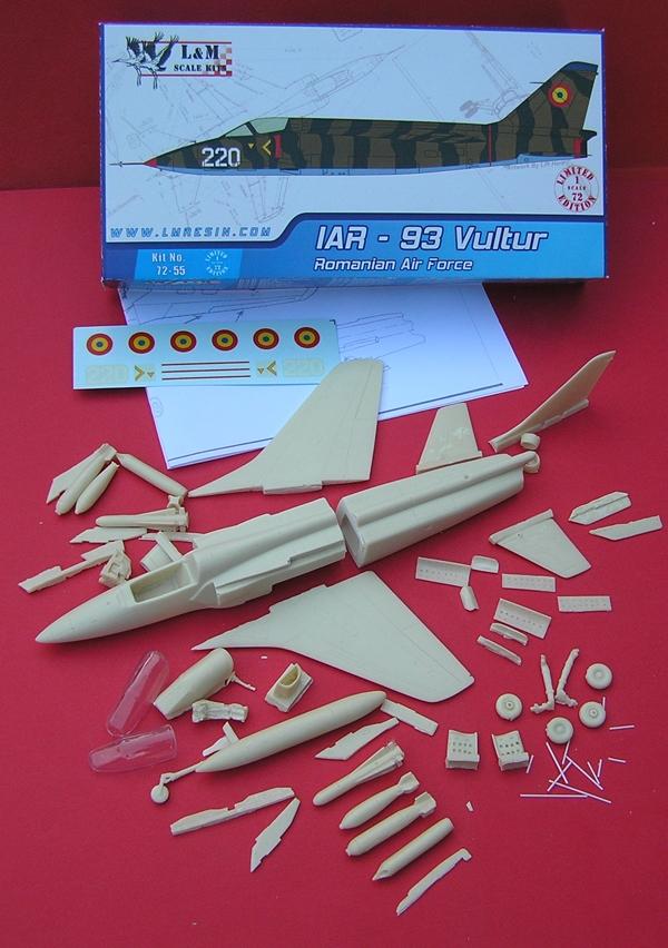 L&M resin makete 1/72 - Page 2 P5210296