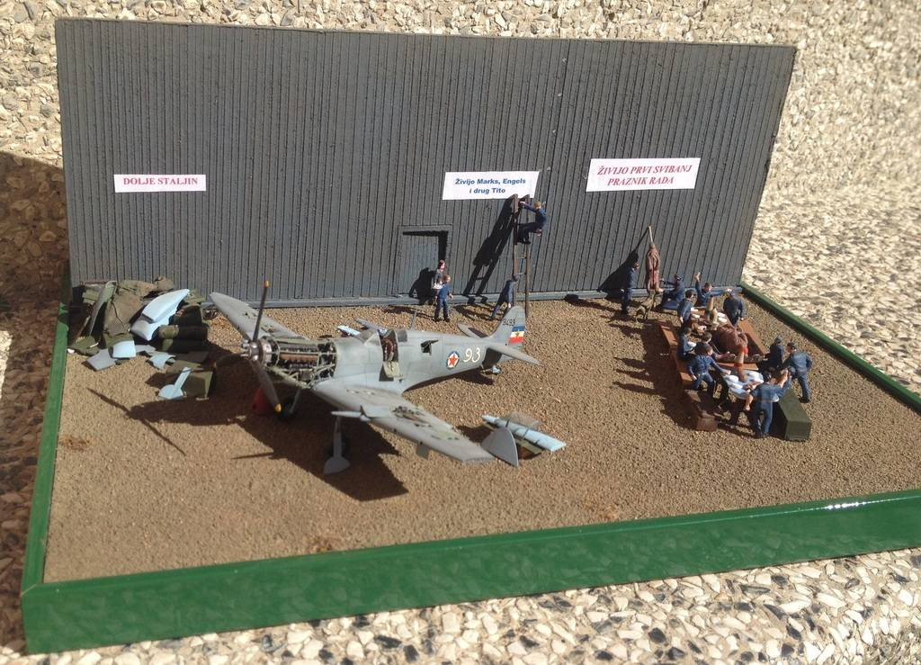 1/72 diorama Spitfire Mk.V  1%202