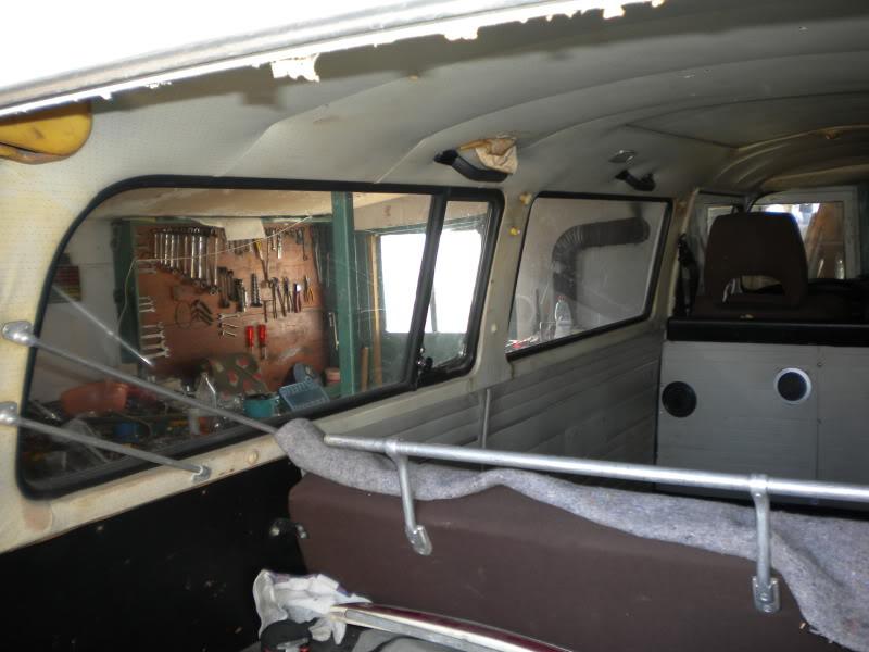 ogradica za prozore za bus sa 13 prozora DSCN9437