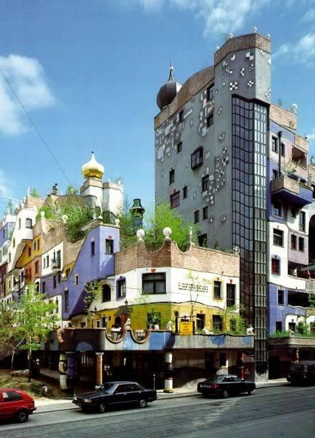 Hundertwasser Hundertwasser_house
