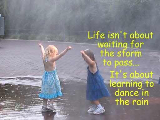 Kisa - Page 4 Dancing_in_the_rain