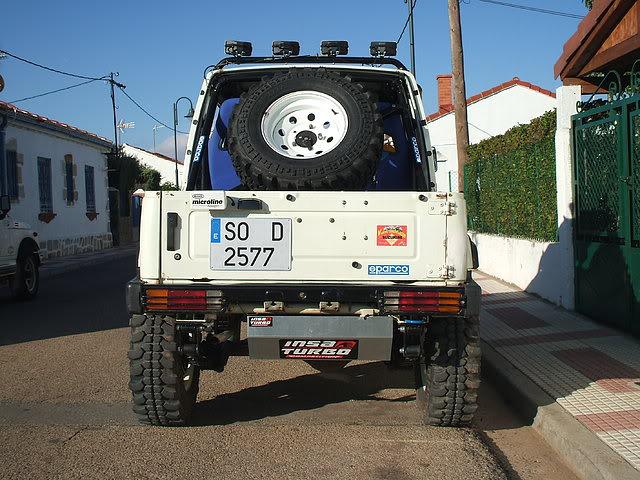 Un Suzuki bien cargado 5d0e52ae