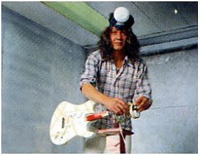 Gitarnya Eddie Van Halen dari masa ke masa!! (With PIC) 418137070_4203dae810
