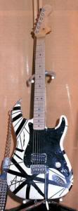 Gitarnya Eddie Van Halen dari masa ke masa!! (With PIC) Guitar-frankwhite