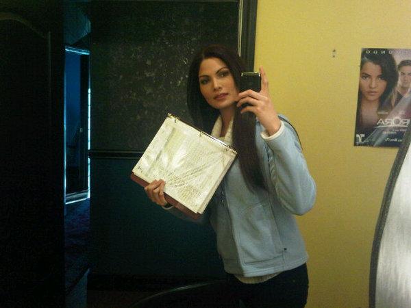 Cynthia Olavarria/სინტია ოლავარია - Page 2 0861b3c7e35213cb098d0fb793519ea7