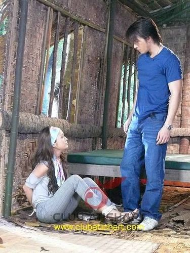 В плену любви  / Defendant of Love  (Таиланд, 2008г., 14 серий) 8546cedc250239e74df7781cb5420b5c