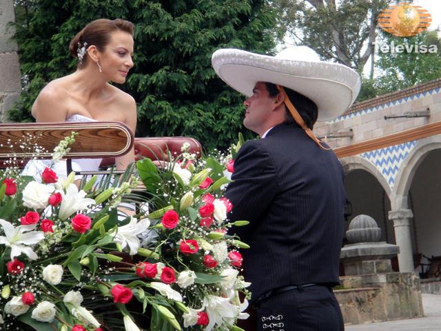 Сильвия Наварро/Silvia Navarro - Страница 3 9825366dae59252291742fe2711ccdc5