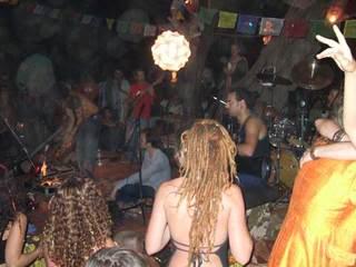 Arambol expérience vol 2, projet audio-vidéo réalisé en Inde! Party2_web