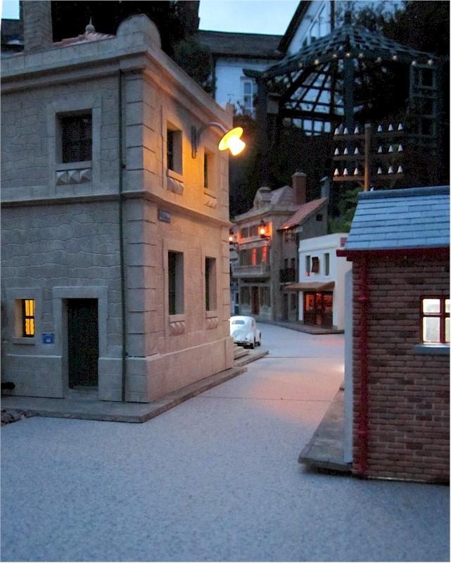 La construcció d'una estació utilitzant PVC Foamboard - Página 4 09street_dusk