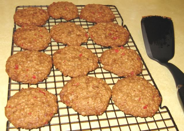 HAPPY BIRTHDAY THREAD - Page 3 Oatmealcherrytoffeepecancookies8