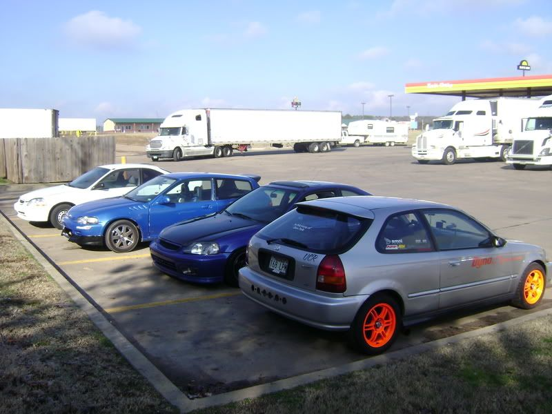 pics from a honda meet/ pig trail run from a while back DSC01575-1