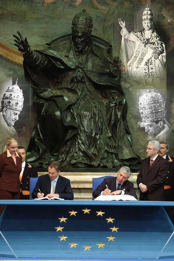 Betreft voormalig Joegoslavië Blair_EUsigning_capitolinehill233