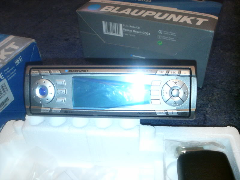 2 'never been used' in the box blaupunkt stereos for sale 6