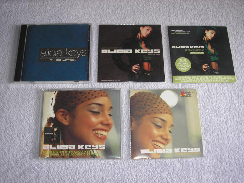 Tu colección de Alicia Keys - Página 15 P1010004_zps2d323b84