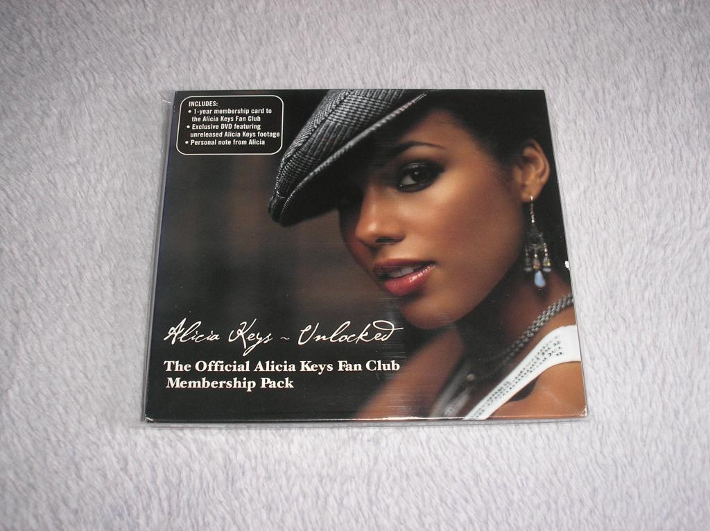 Tu colección de Alicia Keys - Página 15 P1010096_zps6b4903c3