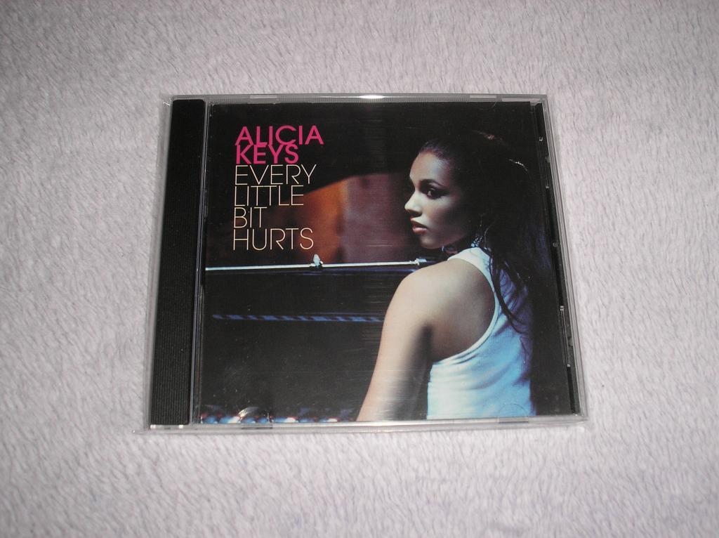 Tu colección de Alicia Keys - Página 15 P1010115_zps198f862b