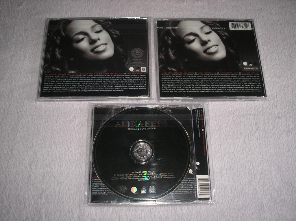 Tu colección de Alicia Keys - Página 15 P1010144_zpsf2db9ec6
