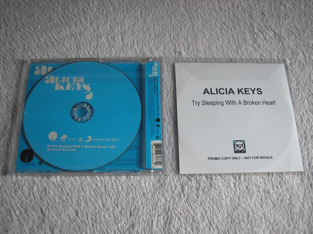 Tu colección de Alicia Keys - Página 15 P1010177_zpsdeda5c82