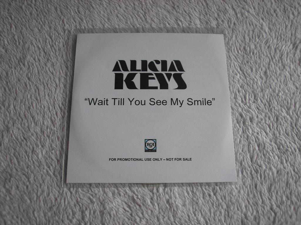 Tu colección de Alicia Keys - Página 15 P1010183_zps7f9afcc7