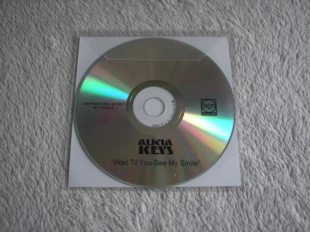 Tu colección de Alicia Keys - Página 15 P1010184_zpsdfd26734
