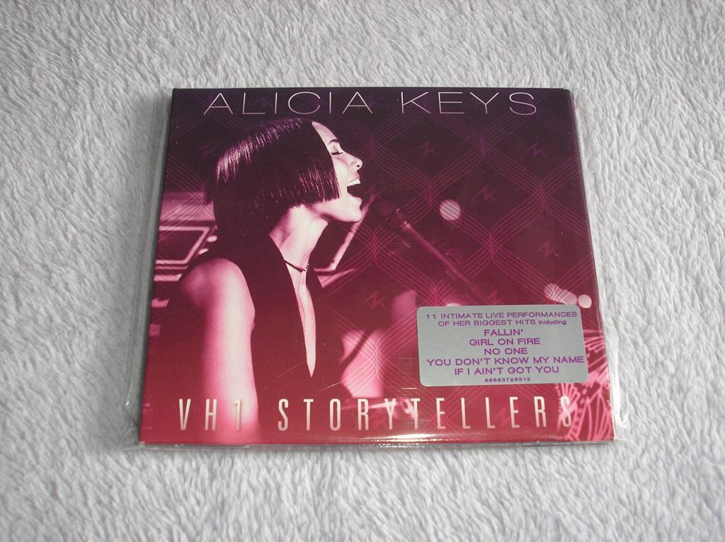 Tu colección de Alicia Keys - Página 15 P1010186_zps4364f1de