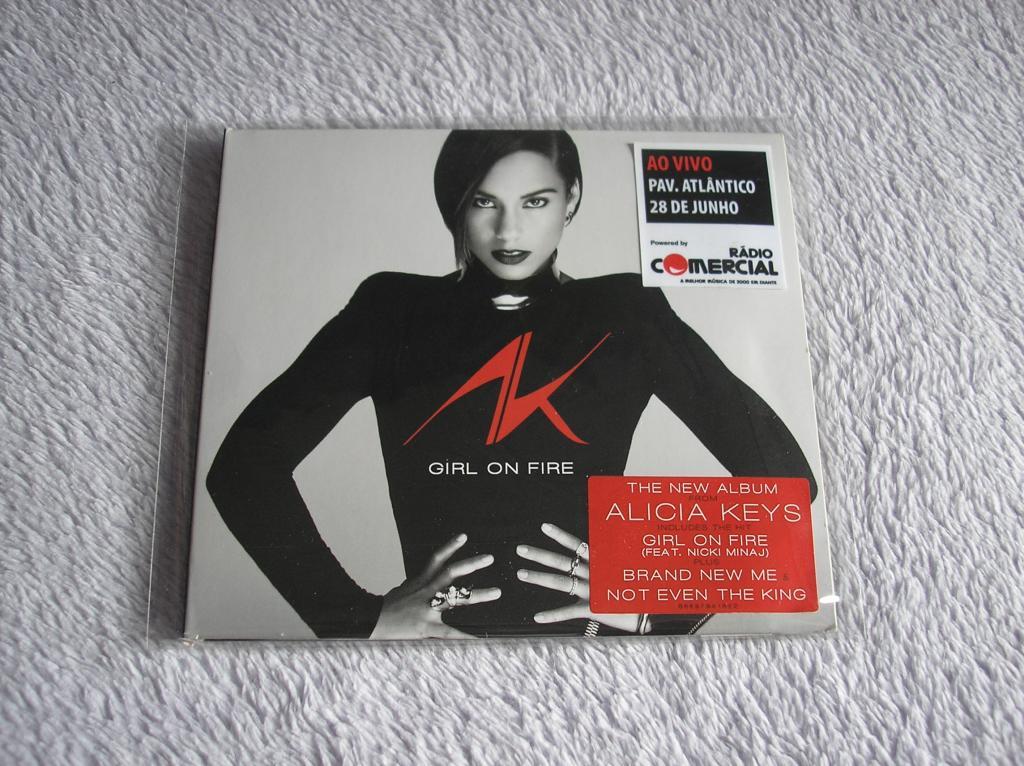 Tu colección de Alicia Keys - Página 15 P1010196_zpsc2d09657