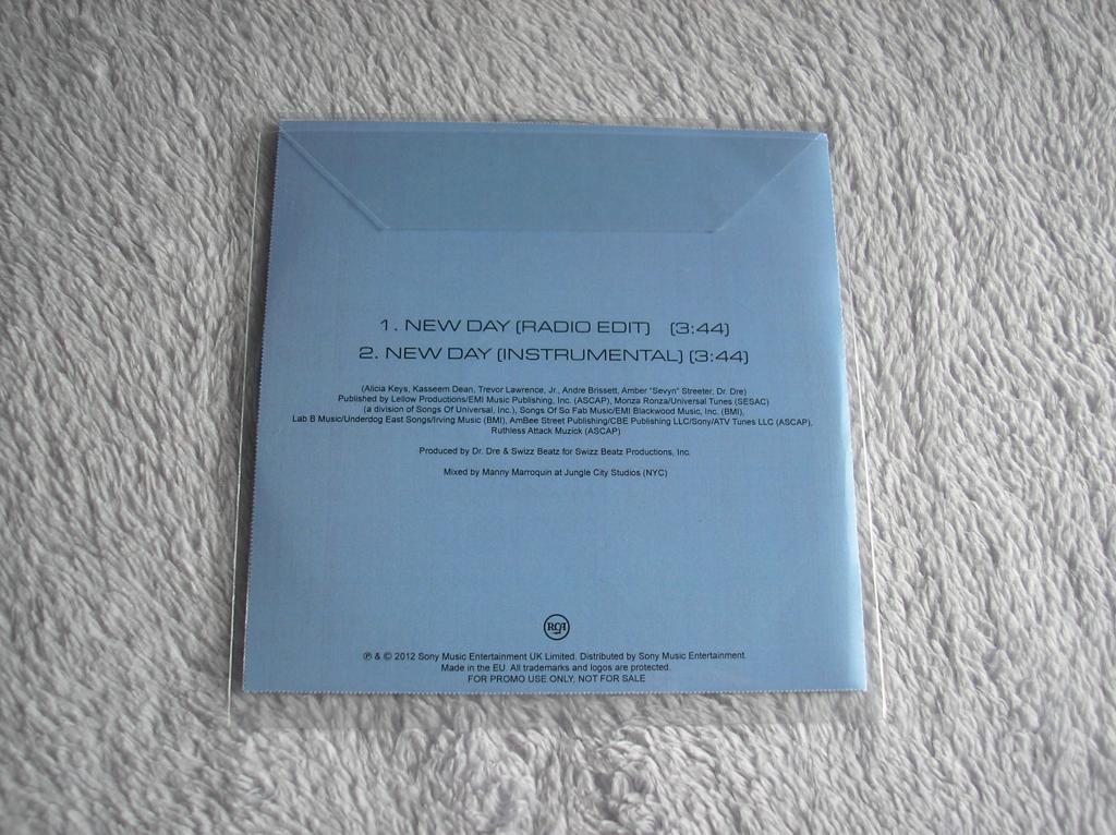 Tu colección de Alicia Keys - Página 15 P1010206_zps0fd79894