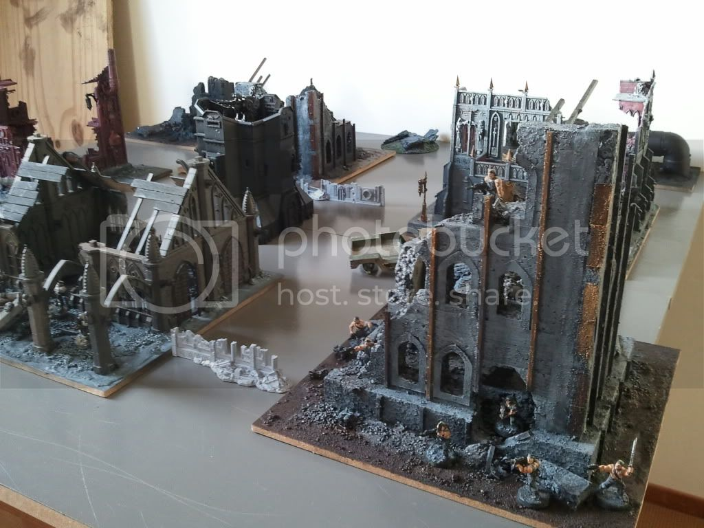 Arachas HAS been filling his gaming table 2012-01-14145848