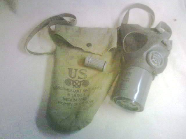 Some randon Civil Defense stuff PICT0077