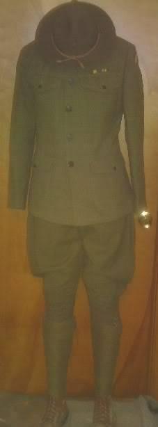 A few of my WW1 Uniforms PICT0017