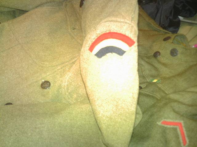 A few of my WW1 Uniforms PICT0057_zpsb300a929