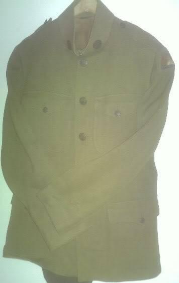 A few of my WW1 Uniforms PICT0028