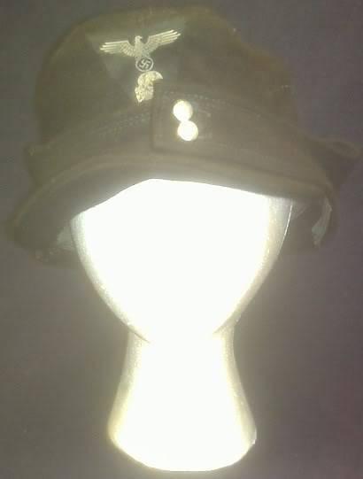 A bit of WW2 German headgear Sspanzerhat1