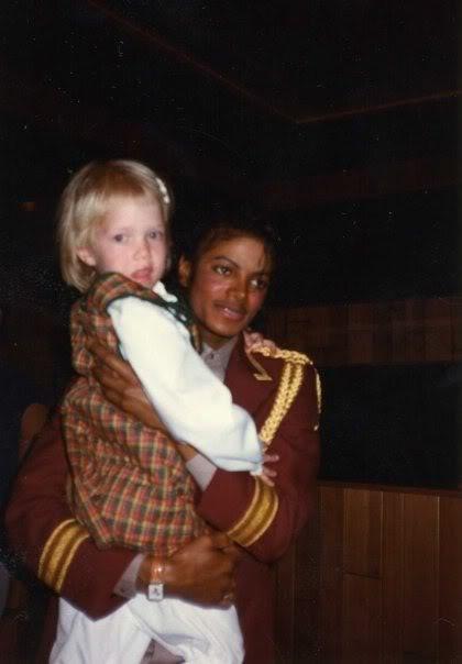 Foto di Michael e i bambini - Pagina 12 Jgvbnb
