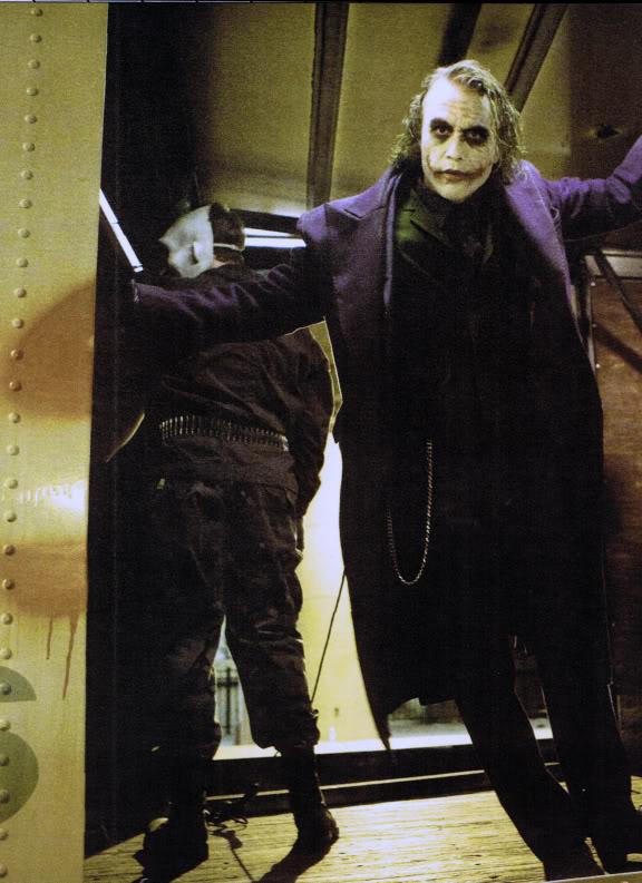 Joker [The Dark Knight] V8n32t