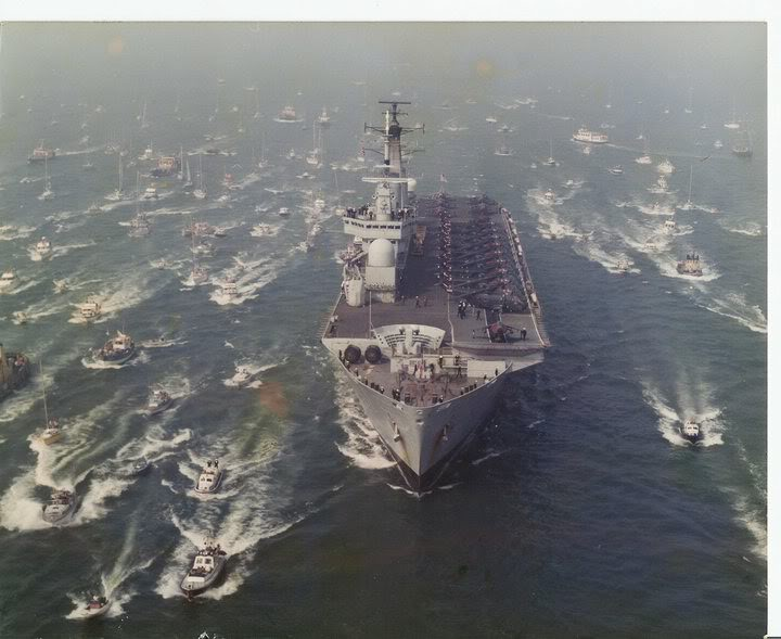 HMS Invincible and the Malvinas War in 1982 - Page 3 HMSInvincible1982