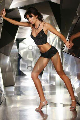 Magdalena Sebestova - Miss Slovakia World 2006 Magdalena-Sebestova-podprsenky-k-1