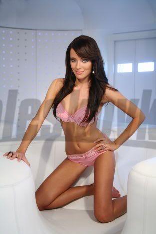 Magdalena Sebestova - Miss Slovakia World 2006 Magdalena-Sebestova-podprsenky-k-6
