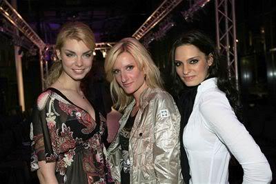 EDITA KRESAKOVA - Miss Slovakia World 2008 - Page 2 P20263f68_8