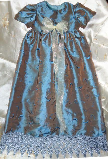 a few clothing items on ebay 005good