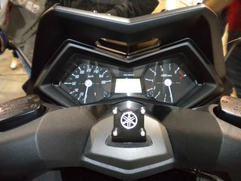 EICMA 2011,  Vu qu'il y a quelques motards ici ... version II ..  DSCN1639