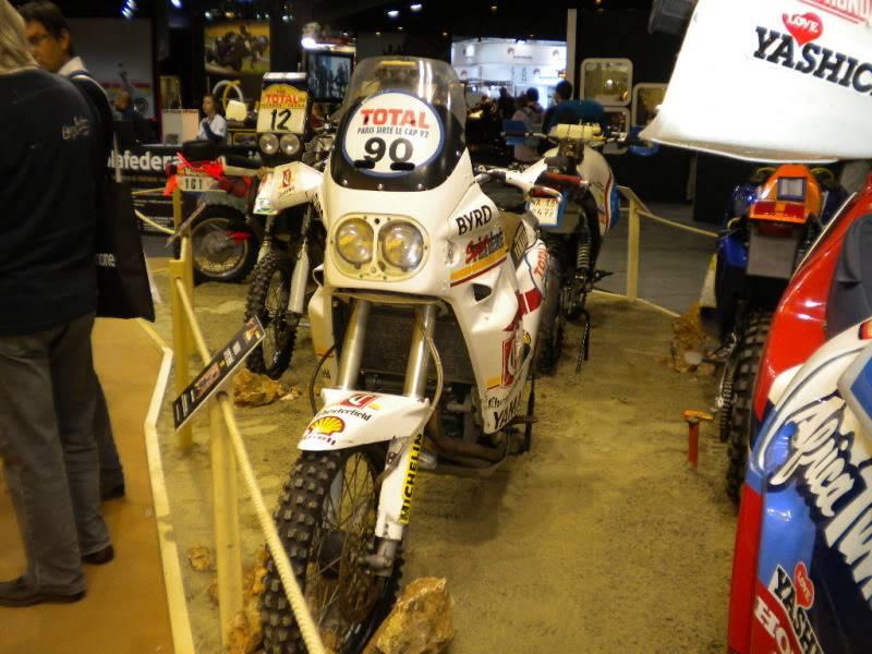 EICMA 2011,  Vu qu'il y a quelques motards ici ... version II ..  DSCN1711