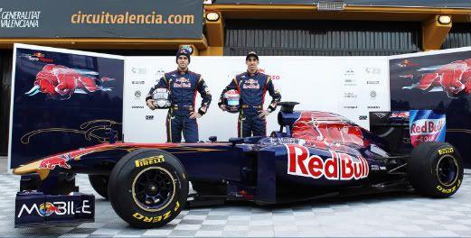 El espacio de la  Fórmula 1 - Página 9 Toro-Rosso-STR6-launch-01