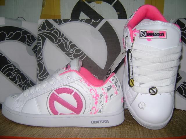 Đợt giày Odessa 2009 cho teen girl 13-Size36